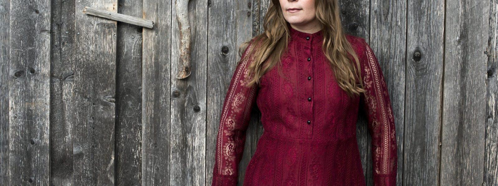 Johanna Iivanainen - Broken River